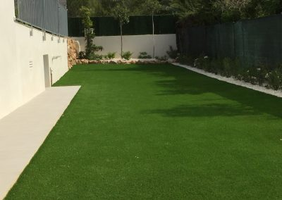 Lower area with Astroturf