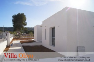 Disabled holiday villa with safe car parking