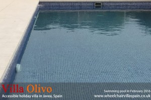 Spanish villa with pool suitable for wheelchair users S
