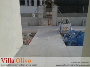 wheelchair-access-path-from-holiday-villa