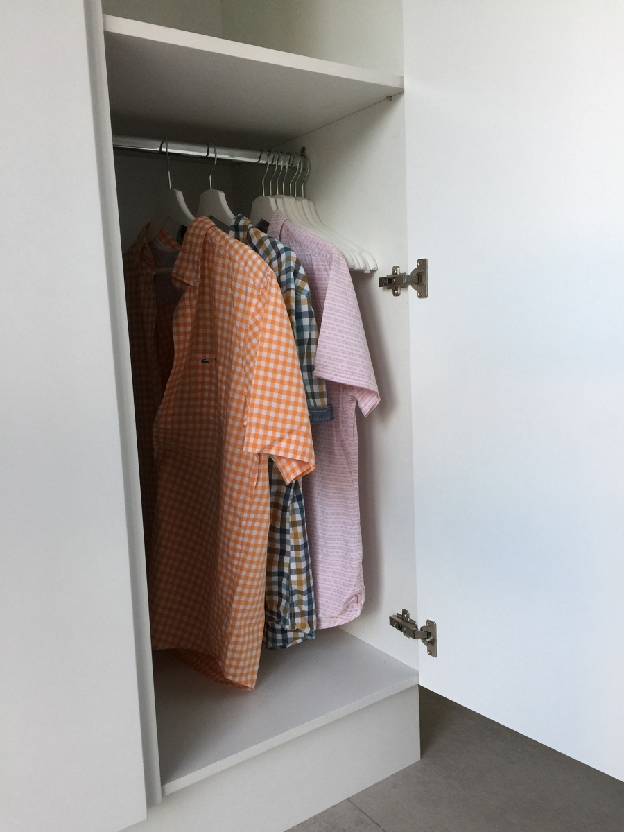 accessible-wardrobes-for-wheelchair-users
