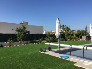 garden-area-at-spanish-holiday-villa-for-wheelchair-users