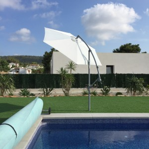 sun-parasol-at-spanish-holiday-villa