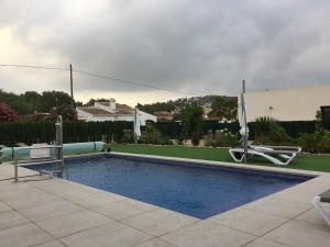 swimming-pool-and-gardens-villa-olivo-javea