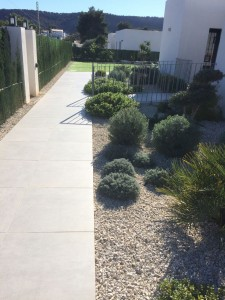 wide-access-paths-at-villa-olivo-javea-costa-blanca
